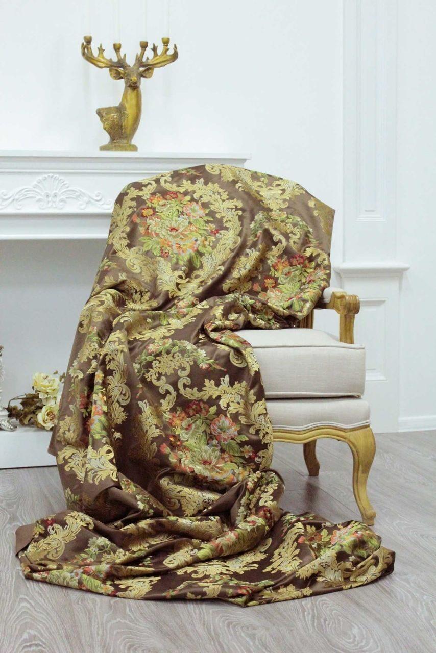 Ткань с вышивкой